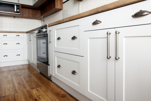 Choosing kitchen renovation materials and consider the cost.